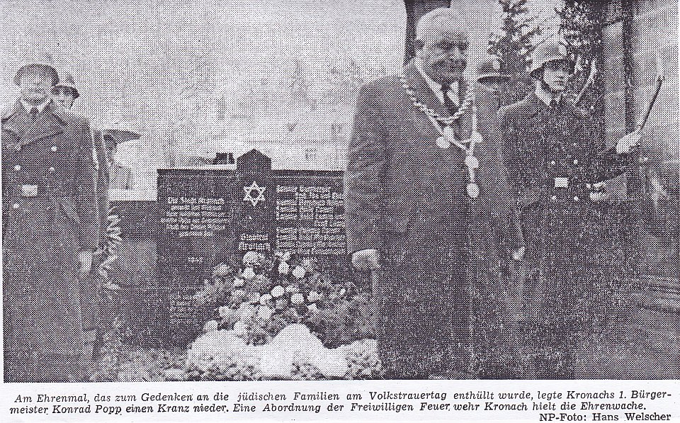 Konrad Popp - hier am Volkstrauertag 1964 - hat als Sozialdemokrat ab Mitte 1948 22 Jahre lang als Erster Bürgermeister die Stadt Kronach geführt